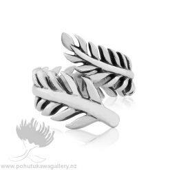 3R21001 Forever Fern Ring