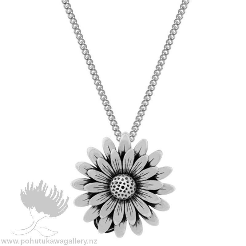 Daisy and Ladybird Pendant (Luck and Kindness) Evolve New Zealand Jewellery