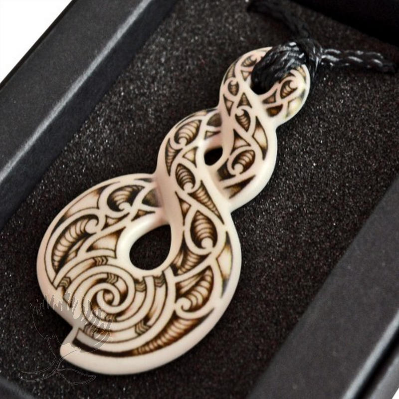 New Zealand Bone Carving Triple Twist Eternity Pohutukawa Gallery
