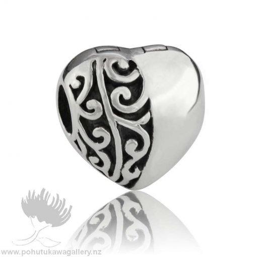 LKC032 Koru Heart Clip Evolve NZ Charm