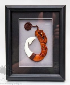 new zealand framed traditional carving