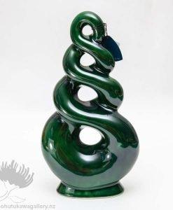 new zealand ceramic sculpture maori design