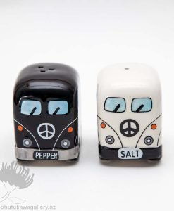 salt and pepper shakers combi