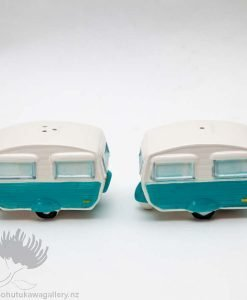 new zealand caravan salt and pepper shakers
