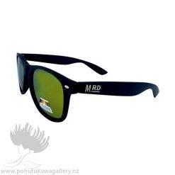 PLASTIC FANTASTICS Sunnies Moana Road NZ Black reflective sunglasses