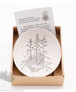 Porcelain bowl new zealand ceramics Herekeke Flax NZ
