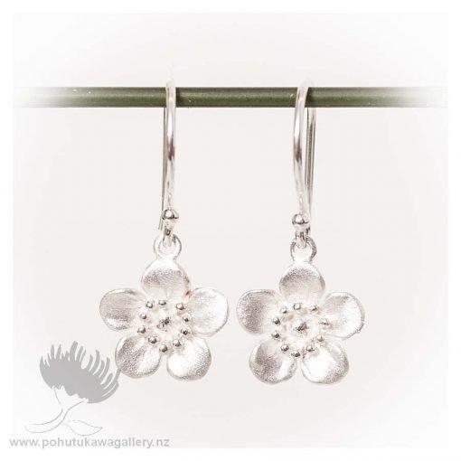 Earrings NZ Manuka Flower