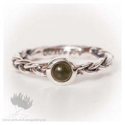 Ring Aotearoa w Jade