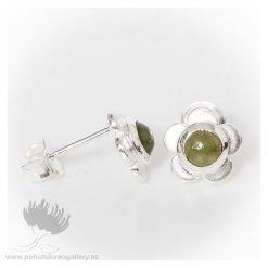 Studs Manuka Flower with Jade insert