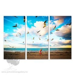 Feeding Time Triptych - Kode