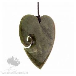 NZ pounamu Greenstone necklace ENGRAVED HEART
